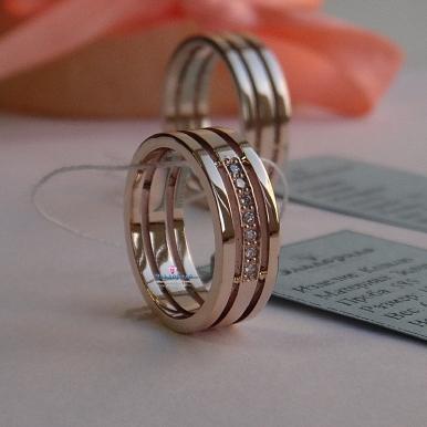 Дизайн обручальных колец без камней